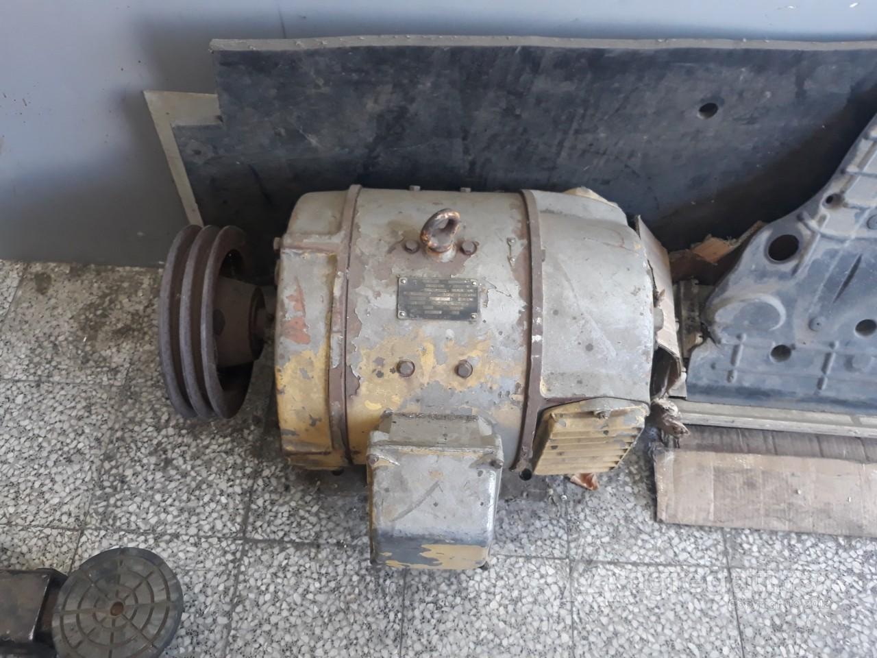 Generator za struju profesionalni vojni ruski 15kw