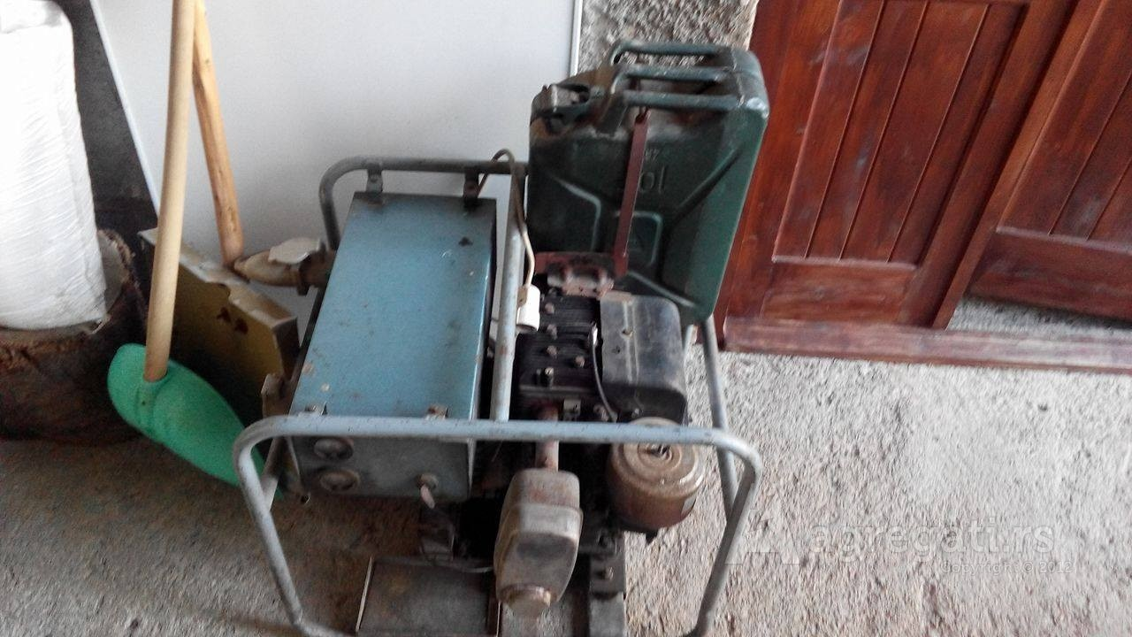 Briggs & Stratton 16 HP Dizel agregat